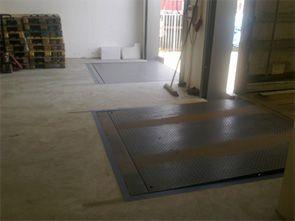 Verhogen van de vloer en het maken en plaatsen van 2 dokhelters